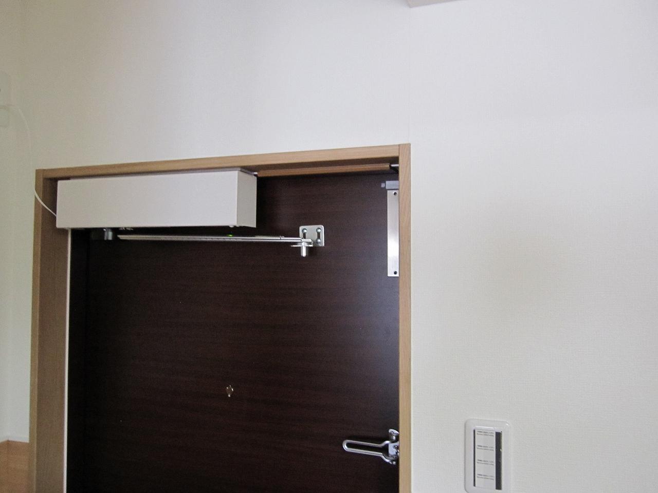 マンション玄関鍵付